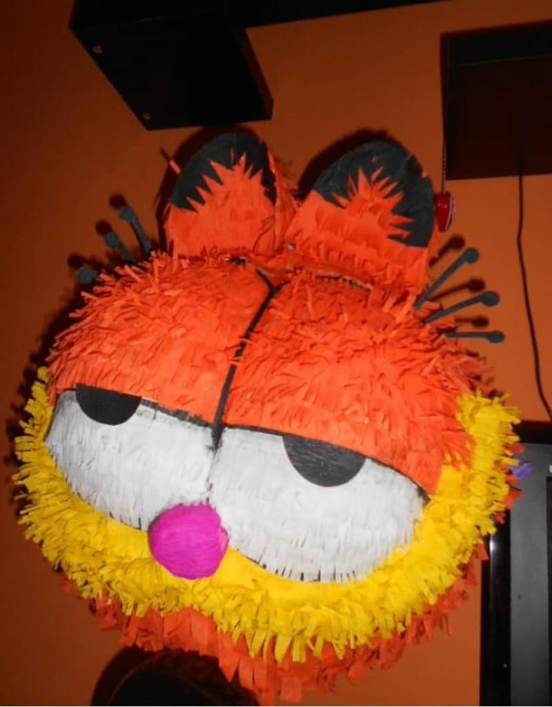 Pinata Garfield